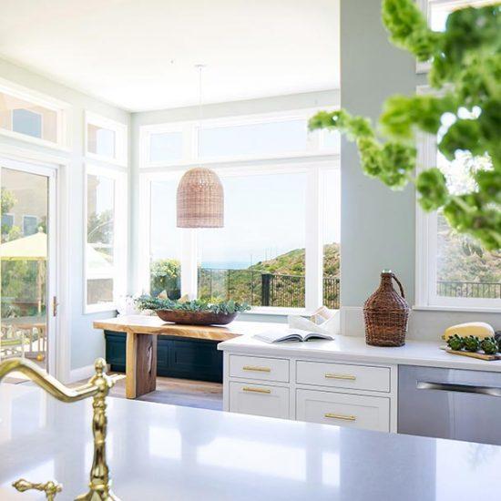 Contemporary Beach House Breakfast Nook Designed by HartmanBaldwin