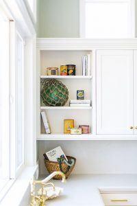 Contemporary Beach House White Kitchen Cabinets Designed by HartmanBaldwin
